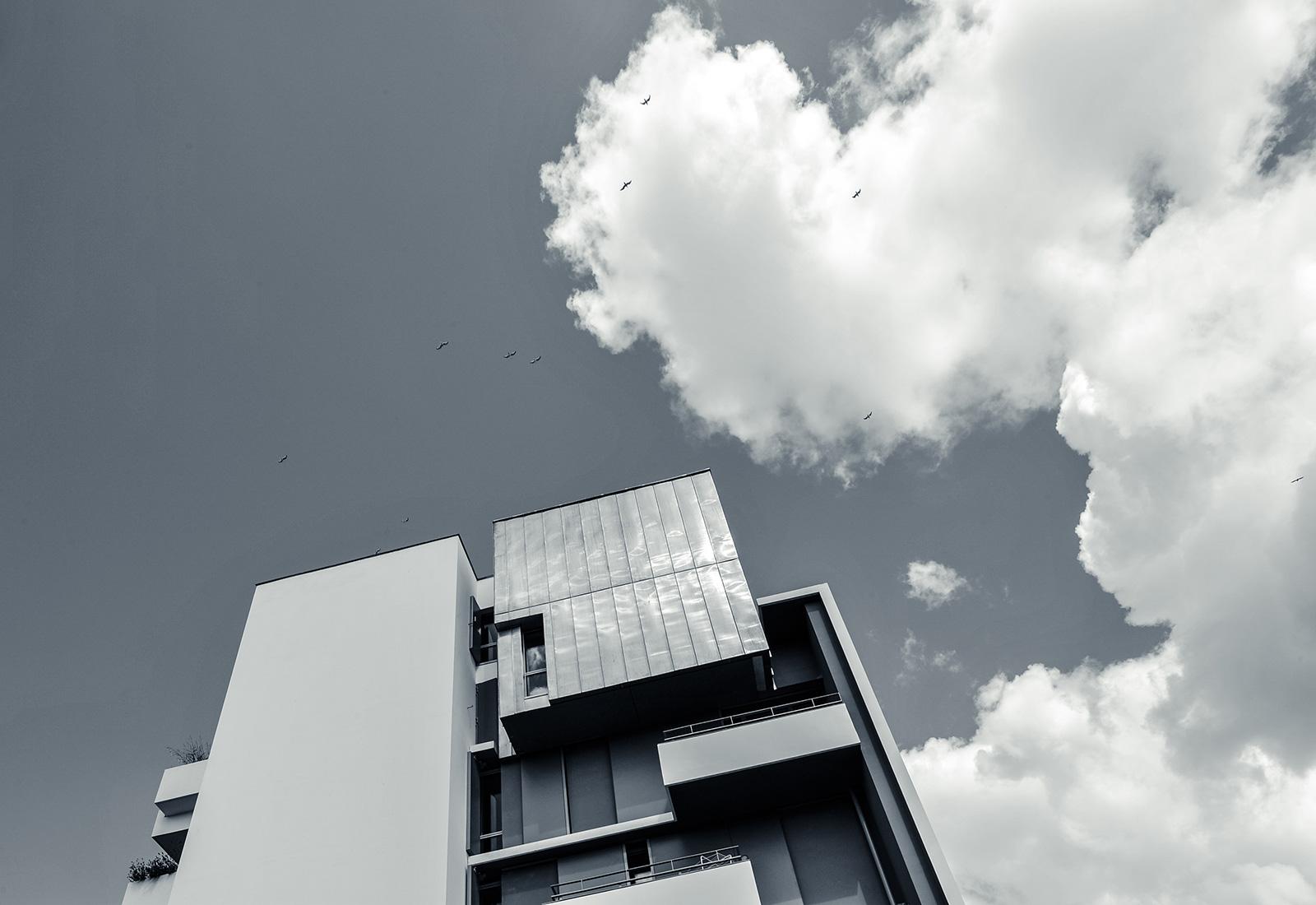 germe-et-jam-RJC-rennes-immeuble-cartier-vue-contre-plongee