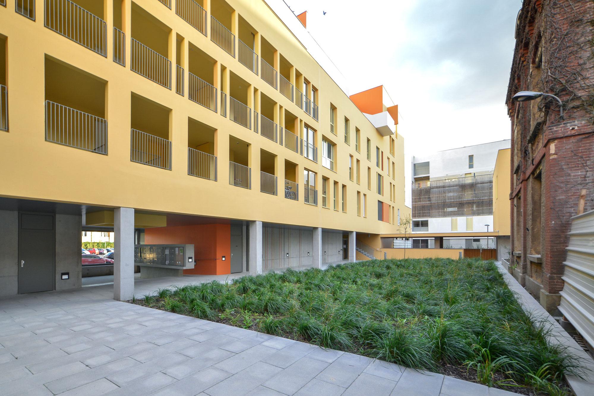 Logements Atelier JAM à Brétigny - Cour du bâtiment